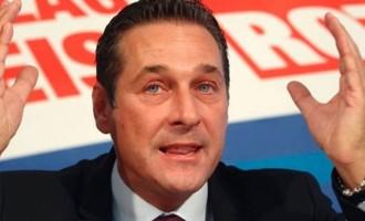 O ακροδεξιός Αυστριακός αντικαγκελάριος επιμένει στο κάπνισμα σε χώρους εστίασης