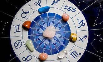 Νέα Σελήνη 25 Μαΐου: Πολιτική Αστρολογία και Προβλέψεις για όλα τα Ζώδια