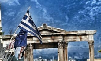 Standard & Poor's: Ύφεση 9% στην ελληνική οικονομία λόγω κορωνοϊού