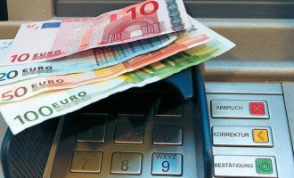 Προς νέα χαλάρωση των capital controls – Ποιους αφορά
