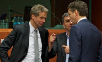 Επισήμως το χρέος στο Eurogroup – Στο μικροσκόπιο η πορεία του Ασφαλιστικού