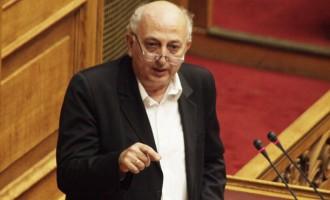 Αμανατίδης: H Τουρκία να σταματήσει να παραβιάζει το διεθνές δίκαιο