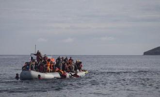 Αντιπαράθεση Κουμουτσάκου με ΣΥΡΙΖΑ για τις μεταναστευτικές ροές λόγω «γεωπολιτικών εξελίξεων»