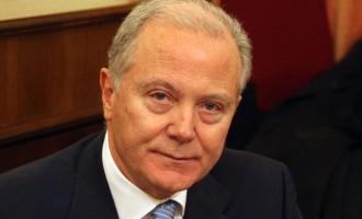 Προβόπουλος: Νίπτει τα χείρας του για δάνεια σε κόμματα και ΜΜΕ και καρφώνει Στουρνάρα