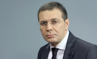 """Εισαγγελέας για τον πυροβολισμό σε δικαστικό επιμελητή στο """"Μακελειό"""" του Χίου"""