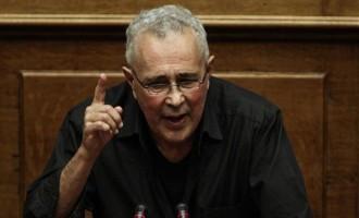 Ζουράρις για τον Αμβρόσιο: Το «φασισταριό» να κλειστεί σε μοναστήρι – Μιλάει σαν τζιχαντιστής