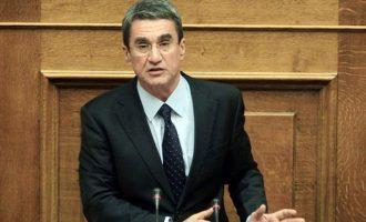 """Λοβέρδος: """"Σύγχυση και ανησυχία από τις δηλώσεις για την Αλβανία"""""""