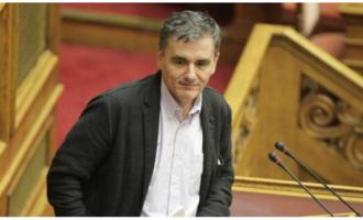 Πληρωμένη απάντηση Τσακαλώτου σε Μητσοτάκη με πρωτογενή πλεονάσματα της κυβέρνησης Σαμαρά