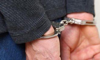 Συνελήφθη δημοτικός υπάλληλος για «φακελάκι» στην Πελοπόννησο