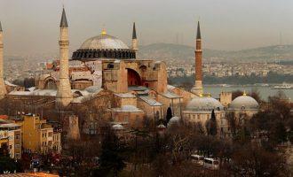Ρωσική Κυβέρνηση: Η Αγία Σοφία είναι εσωτερική υπόθεση της Τουρκίας