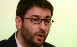 «Θλιβερή σύμπραξη» η Προοδευτική Συμμαχία λέει ο Νίκος Ανδρουλάκης
