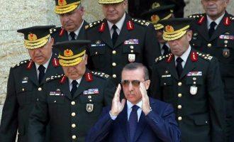 Τουρκία: Ο Ερντογάν «ξήλωσε» δύο στρατηγούς γιατί είπαν «θα χάσουμε» ανατολικά του Ευφράτη