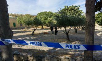 Η βρετανική αστυνομία θέλει να γκρεμίσει το σπίτι μέσα στο οικόπεδο που ψάχνουν τον Μπεν