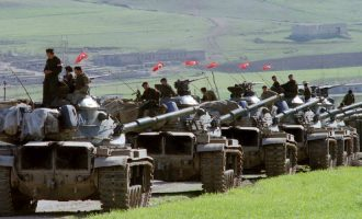 """Οι Τούρκοι θα εισβάλουν """"παρέα"""" με τους Ρώσους στην επαρχία Ιντλίμπ της Συρίας"""