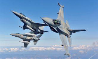 Εικονική αερομαχία στο Αιγαίο και τέσσερις παραβιάσεις από τουρκικά μαχητικά