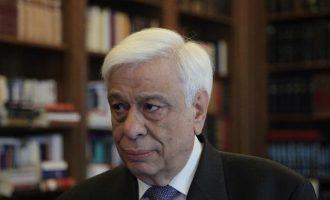 Τι είπε ο Παυλόπουλος στον πατέρα του Έλληνα ανθυπολοχαγού που κρατείται στην Τουρκία
