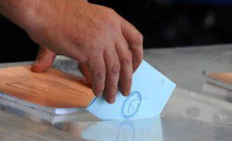 Δημοσκόπηση: 14 μονάδες μπροστά η Ν.Δ. – Τι πιστεύουν οι Έλληνες για τον εμβολιασμό