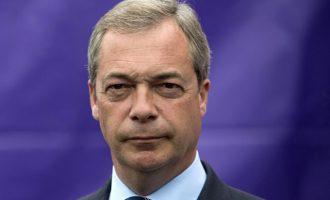 Ο Φάρατζ απαιτεί ρόλο στις συνομιλίες για το Brexit