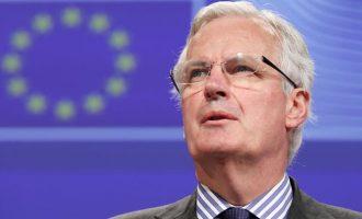 Μπαρνιέ: Η Ε.Ε. δεν εντυπωσιάζεται από τις απειλές για Brexit χωρίς συμφωνία