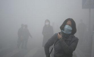"""""""Πνίγει"""" την Κίνα η ατμοσφαιρική ρύπανση"""
