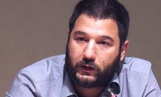 Νάσος Ηλιόπουλος: «Πολιτικά επικίνδυνος πρωθυπουργός» – «Επαγγελματίας απατεώνας ή εκτός τόπου και χρόνου»