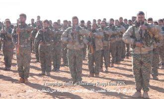 Εκατοντάδες Άραβες εθελοντές στο πλευρό των Κούρδων για να πάρουν τη Ράκα