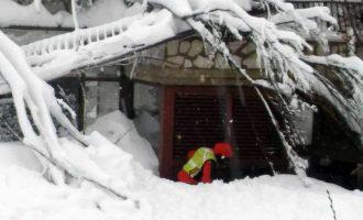 Στους 29 οι νεκροί στο ξενοδοχείο Rigopiano – Οι Ιταλοί διασώστες ολοκλήρωσαν τις έρευνες