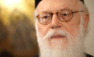 """Αρχιεπίσκοπος Αλβανίας: """"Είμαστε ήδη σε έναν παγκόσμιο ασύμμετρο πόλεμο"""""""