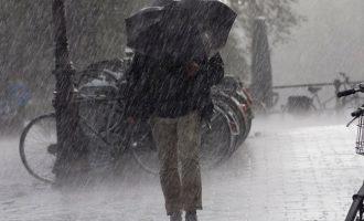 Ετοιμαστείτε: Έρχονται καταιγίδες και τσουχτερό κρύο – Πού θα χιονίσει