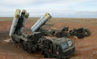 Οι Ρώσοι ανέπτυξαν και δεύτερη μοίρα πυραύλων S-400 στην Κριμαία