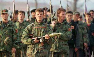 Αλβανοί UCKάδες στα σύνορα Σκοπίων-Κοσόβου απειλούν με επίθεση στα Σκόπια
