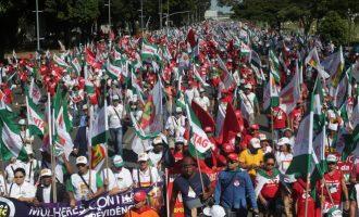 """Βραζιλία: Σαρωτικές διαδηλώσεις – """"Όχι"""" στη συνταξιοδότηση στα 65 έτη"""