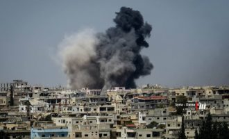 Οι τζιχαντιστές προελαύνουν μέσα στη συριακή πόλη Νταράα κοντά στα σύνορα με την Ιορδανία