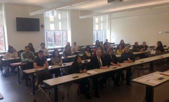 Τριάντα Αμερικανοί και Ελληνοαμερικανοί φοιτητές στην Ελλάδα για να λουστούν στο φως του πολιτισμού