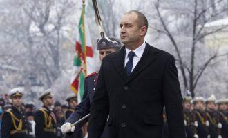 Τη Μόσχα θα επισκεφτεί ο ρωσόφιλος Πρόεδρος της Βουλγαρίας με «άνοιγμα» στο ρωσικό φυσικό αέριο