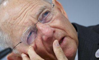 Πολιτικός αποκαλύπτει ότι ο Σόιμπλε «φλέρταρε» με την ιδέα να αναλάβει την καγκελαρία