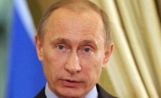 Αντίποινα Πούτιν: Διώχνει 60 Αμερικανούς διπλωμάτες και κλείνει το προξενείο των ΗΠΑ