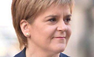Η πρωθυπουργός της Σκωτίας επιμένει για νέο δημοψήφισμα ανεξαρτησίας