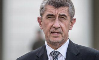 Πρωθυπουργός Τσεχίας: Να προστατεύσουμε τον ευρωπαϊκό πολιτισμό από τους λαθρομετανάστες