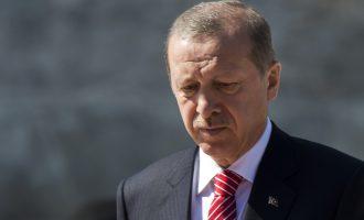 Με 150 άτομα συνοδεία πάει ο Ερντογάν στη Βάρνα για να τσακωθεί και να εκβιάσει για λεφτά την ΕΕ