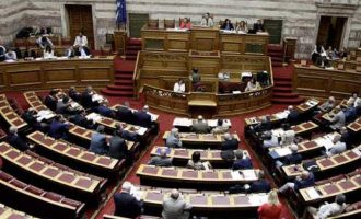 Τροπολογία βουλευτών του ΣΥΡΙΖΑ για αυτοδιοικητικές εκλογές «κολλητά» με τις ευρωεκλογές