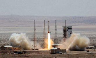Δεν «τσίμπησαν» οι ΗΠΑ από την ιρανική στρατιωτική άσκηση στα Στενά του Ορμούζ