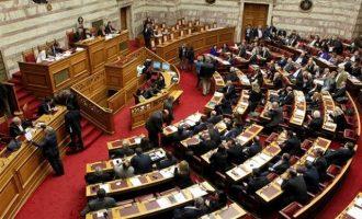 Επανακατέθεσαν οι 16 βουλευτές του ΣΥΡΙΖΑ την τροπολογία για τις αυτοδιοικητικές εκλογές
