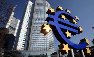 """Αλλαγή πλεύσης στα """"κόκκινα"""" δάνεια ζητούν οι ευρωβουλευτές από την ΕΚΤ"""