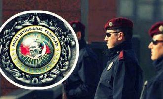Ξεκινά εκκαθαρίσεις στη MİT ο Ερντογάν – Στόχος οι Τούρκοι πράκτορες οπαδοί του Γκιουλέν