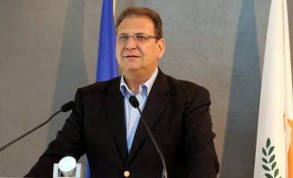 Η κυπριακή κυβέρνηση κατηγορεί ΑΚΕΛ και Μαλά για μη εθνική ρητορική στο Κυπριακό