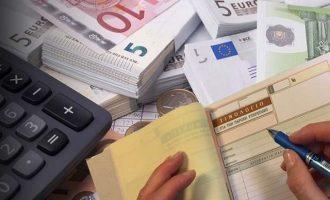Έρχονται διαγραφές οφειλών στο ΤΕΒΕ για χιλιάδες μπλοκάκια – Ποιοι οφελούνται
