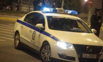 Περίεργη υπόθεση στη Θεσσαλονίκη με 58χρονο που κρατούσε ομήρους ξαδέλφια του
