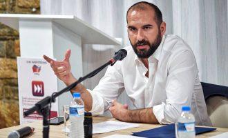 Οργή Τζανακόπουλου για το εμετικό άρθρο του Guardian: Οι Έλληνες αξίζουν το σεβασμό σας