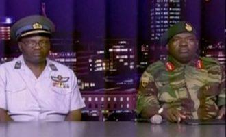 """Τα τανκς βγήκαν στη Ζιμπάμπουε – Στρατός: """"O Πρόεδρος είναι ασφαλής"""" (φωτο+βίντεο)"""